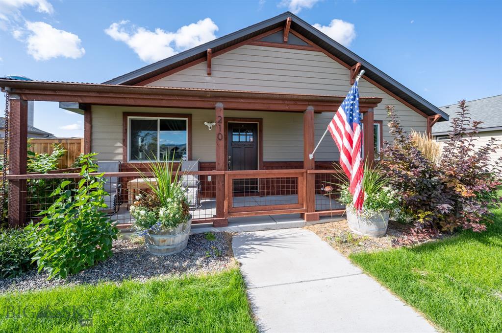 210 Farmall Lane Property Photo
