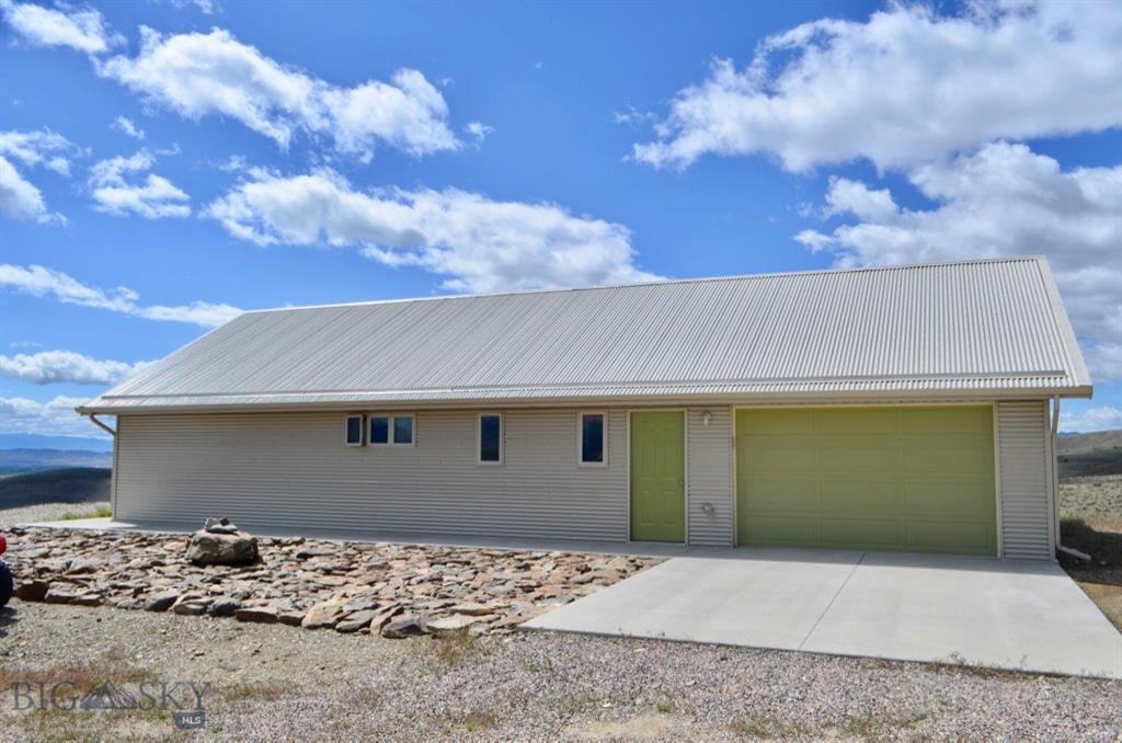 2200 Sugarloaf Mountain Property Photo - Glen, MT real estate listing