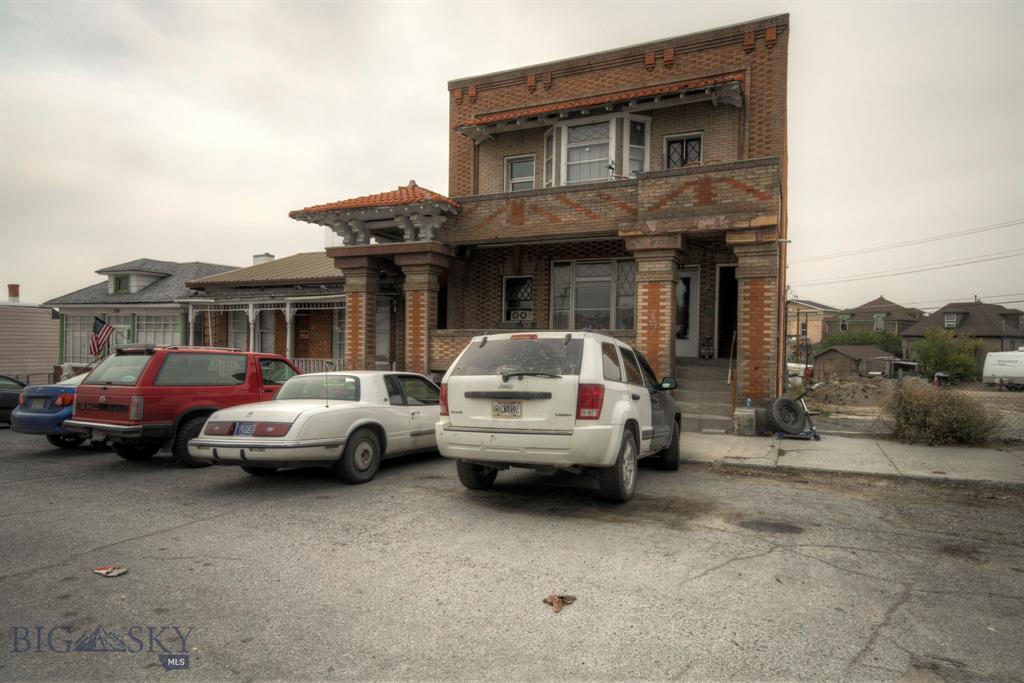 725 Maryland Avenue Property Photo