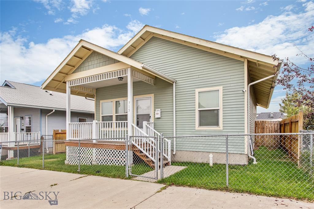 715 S Main Property Photo