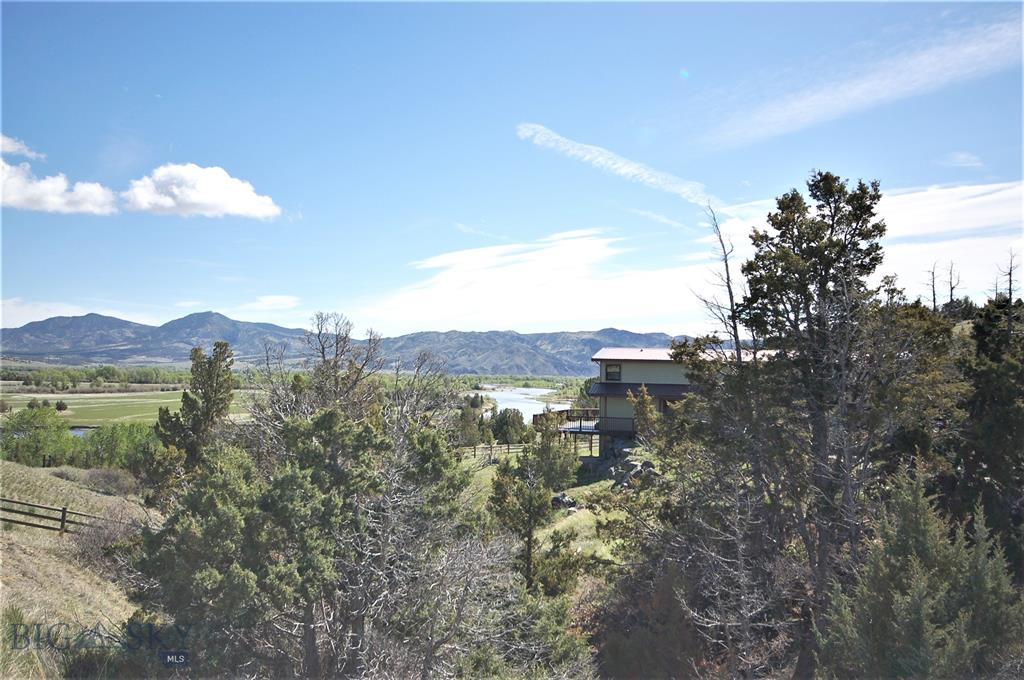 131 Parrot Ditch Road Property Photo - Cardwell, MT real estate listing