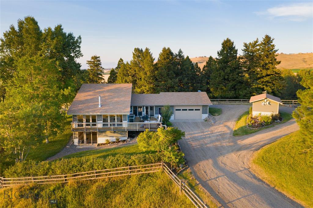 867 Summit Drive Property Photo