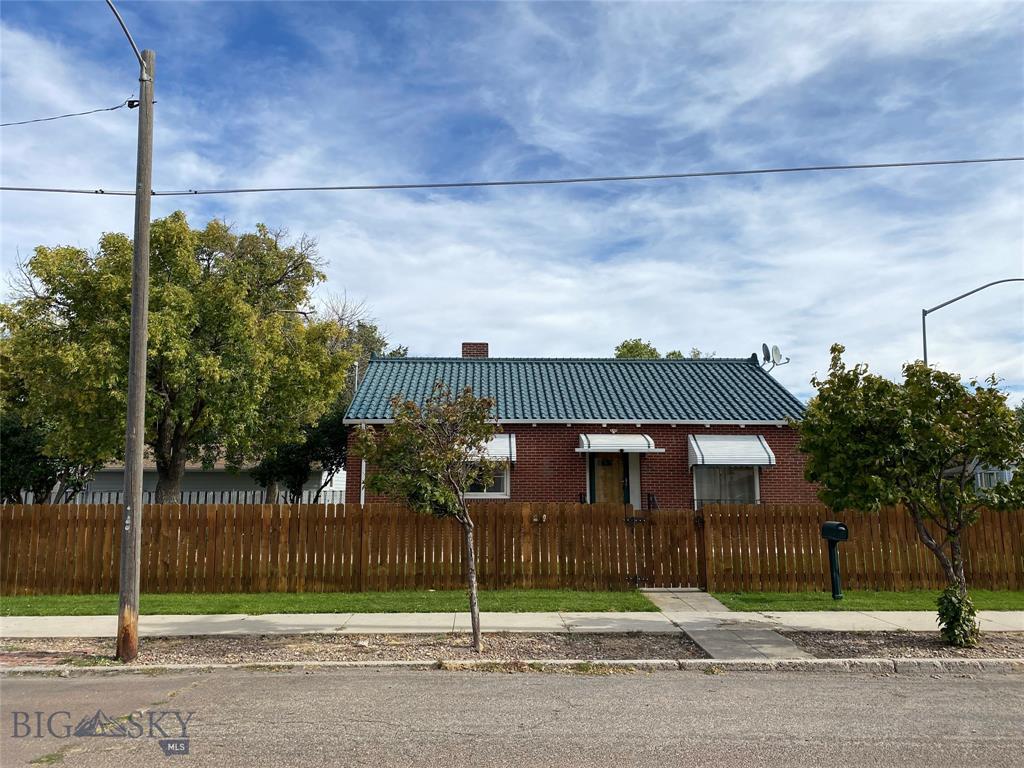 319 5th Street SW Property Photo