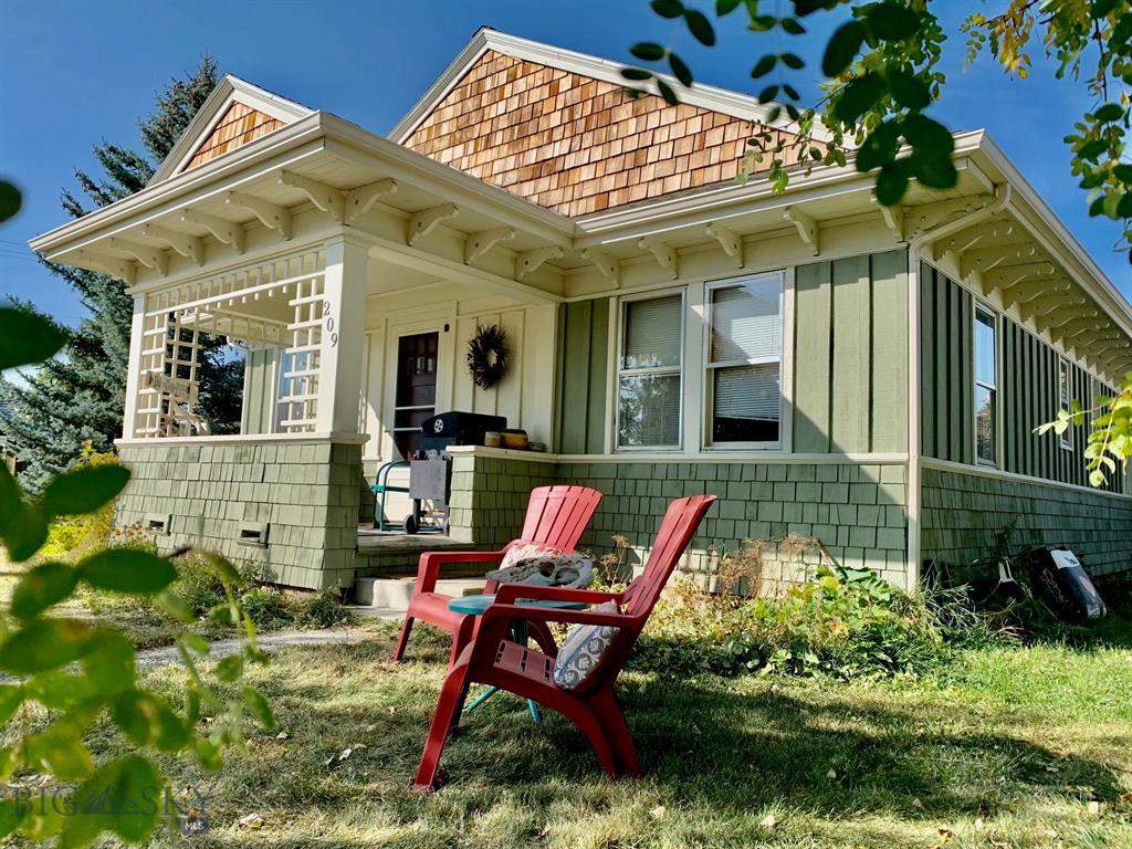 209 Bozeman Street Property Photo