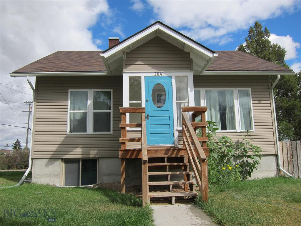 204 N Walnut Street Property Photo