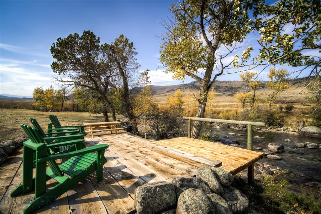 1708 Swingley Property Photo - Livingston, MT real estate listing