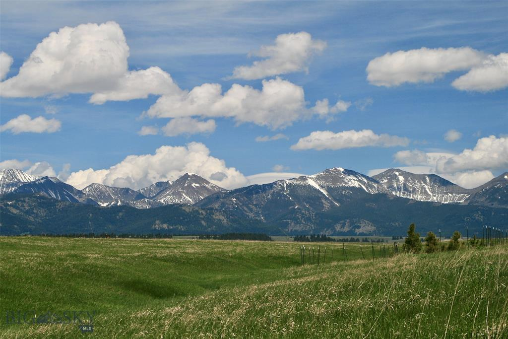 Tract 2 Robinson Bench Road Property Photo - Clyde Park, MT real estate listing