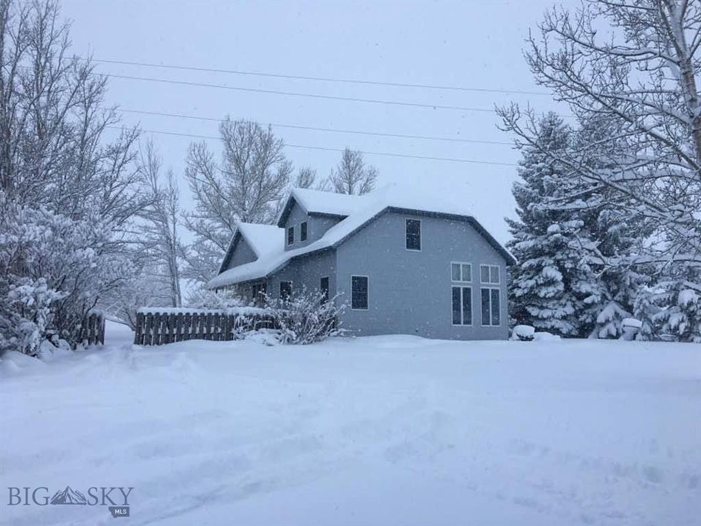 17 Dry Creek Property Photo