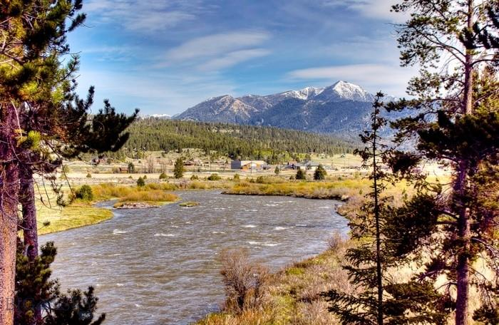300 Porcupine Creek Property Photo
