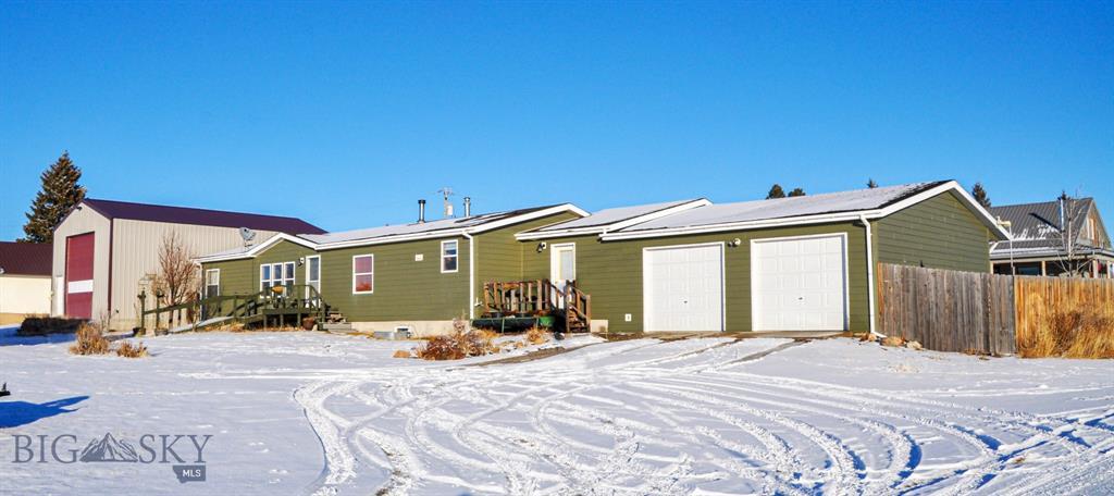 11 E Wall Street Property Photo - White Sulphur Springs, MT real estate listing
