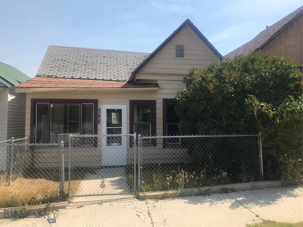 611 Alder Property Photo
