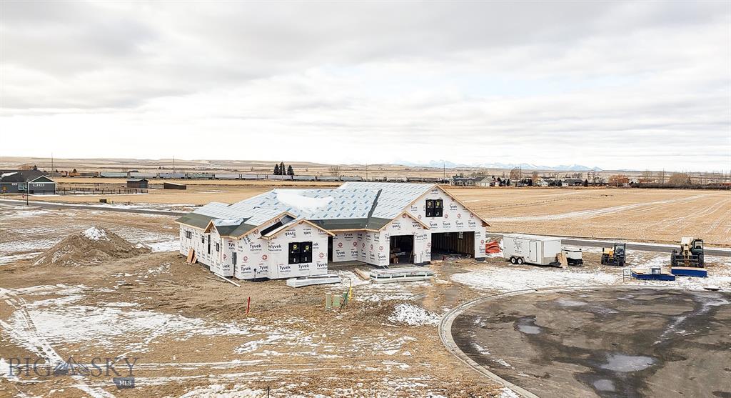 100 Colony Court Property Photo