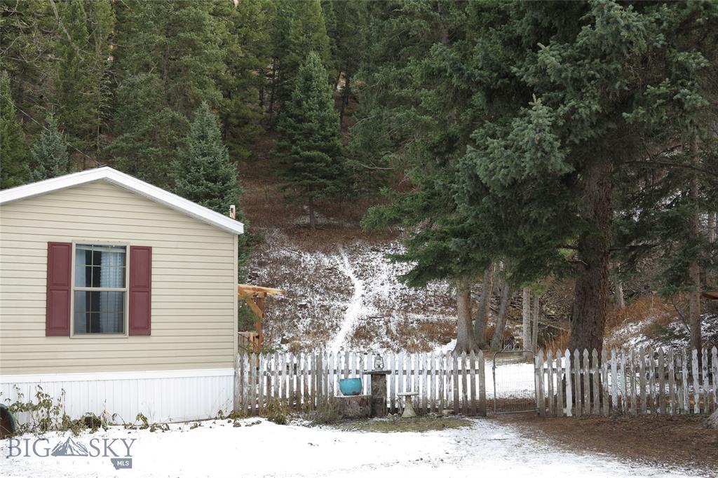 54670 Gallatin Road Property Photo