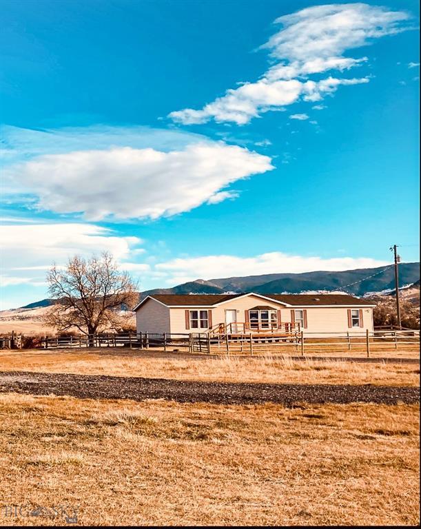 323 Piedmont Property Photo - Whitehall, MT real estate listing