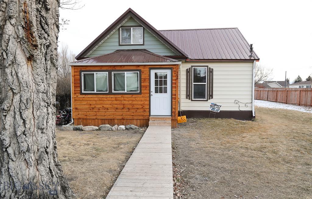 506 N Oak Street Property Photo