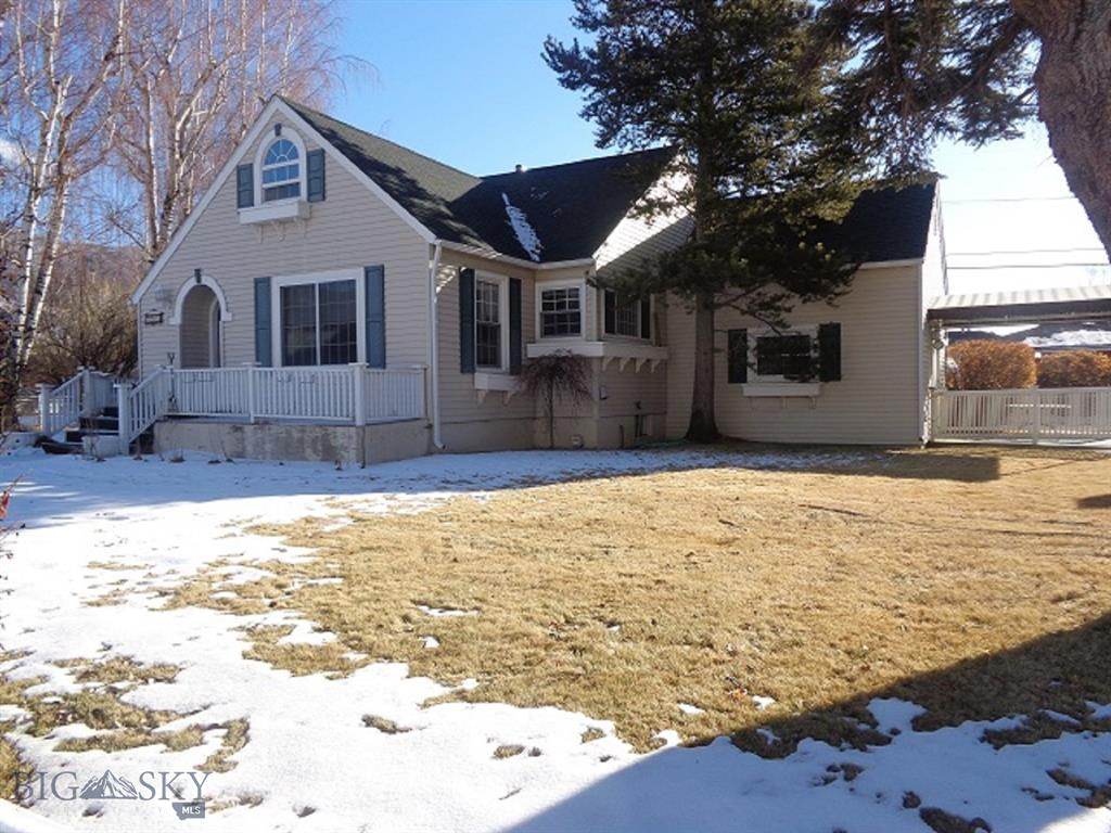 2908 State Street Property Photo