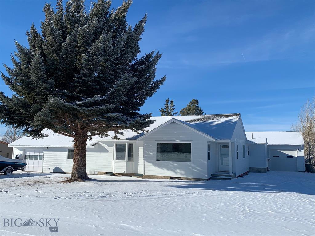701 2nd Avenue SE Property Photo - White Sulphur Springs, MT real estate listing