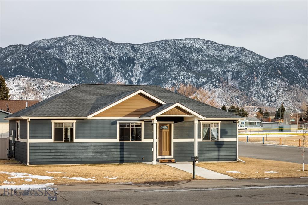 3138 Wynne Property Photo