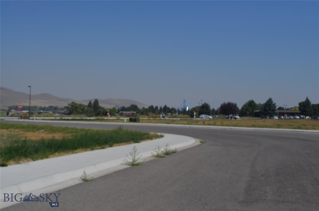 315 Southside Boulevard Property Photo