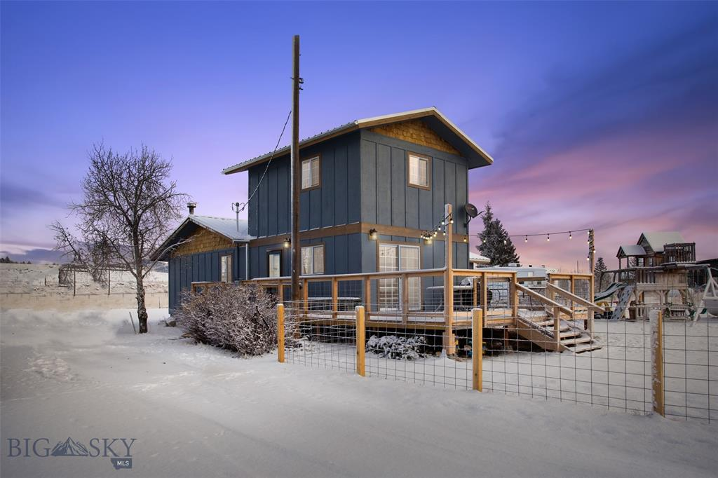 800 Dawson Property Photo - Ramsay, MT real estate listing