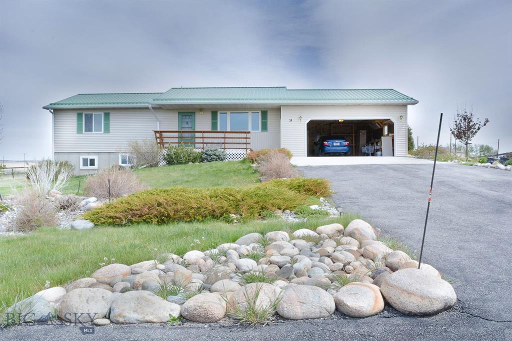 18 Meadowlark Circle Property Photo - Big Timber, MT real estate listing