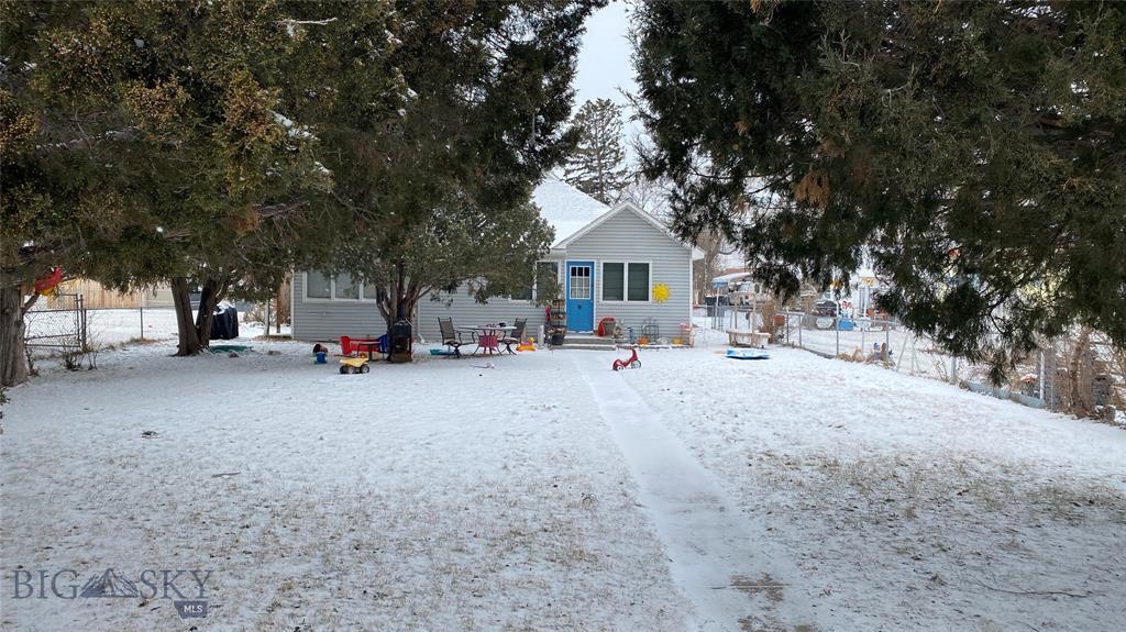 128 S Walnut Street Property Photo
