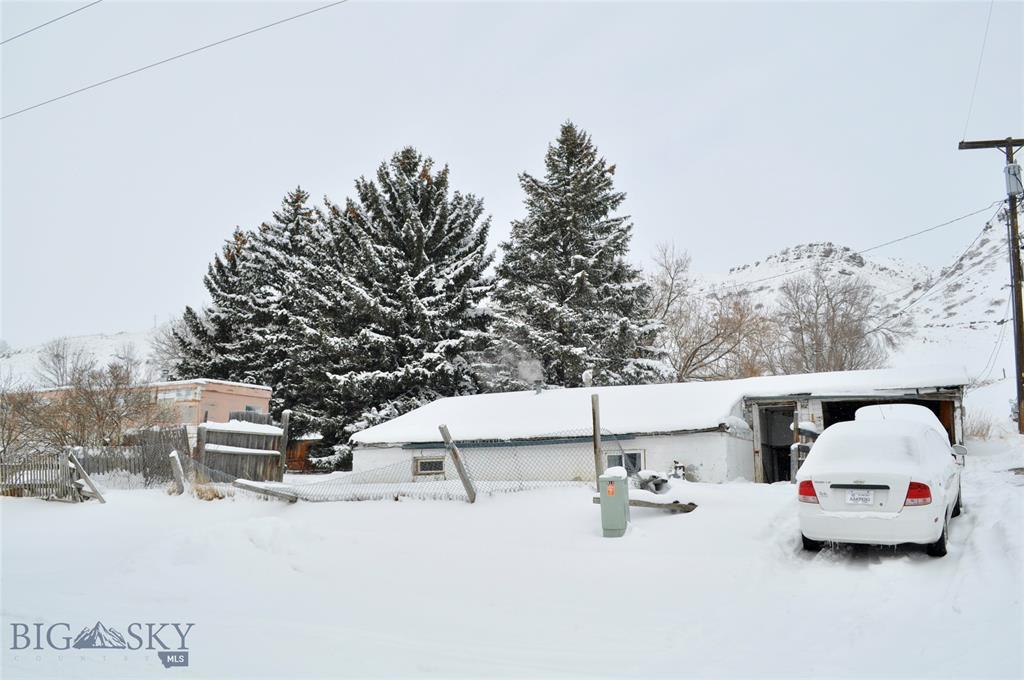 907 E Montana St Property Photo