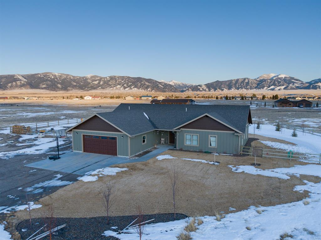14 Killdeer Court Property Photo - Ennis, MT real estate listing