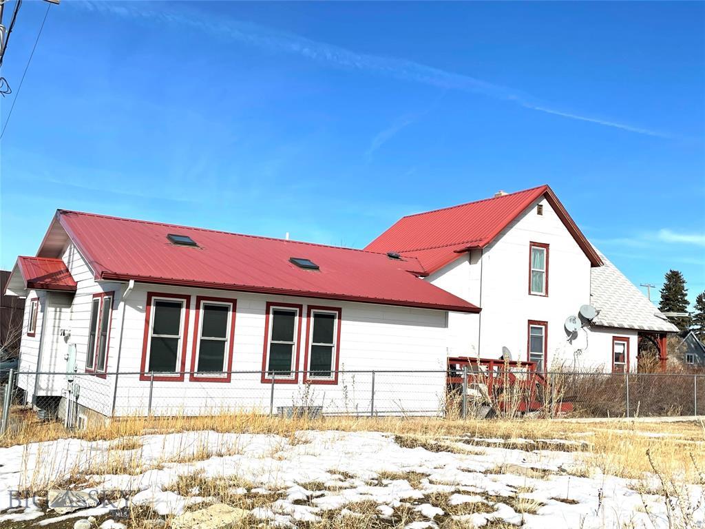205 1st Avenue SE SE Property Photo - White Sulphur Springs, MT real estate listing
