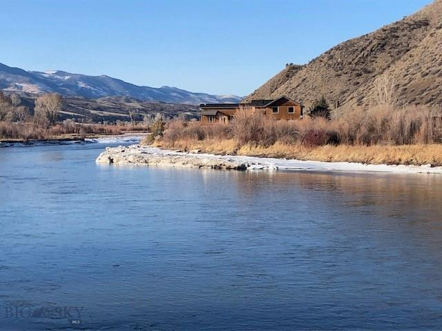 958 Mt Hwy 2 E Property Photo - Cardwell, MT real estate listing