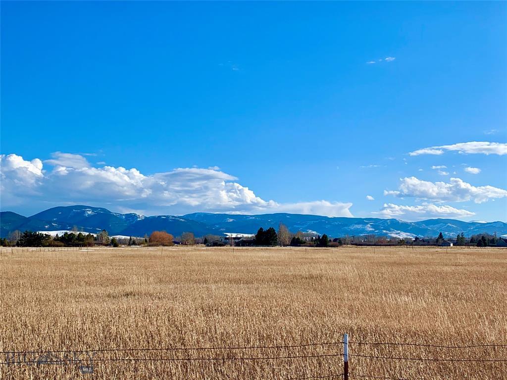 3733 Boulder Boulevard Property Photo