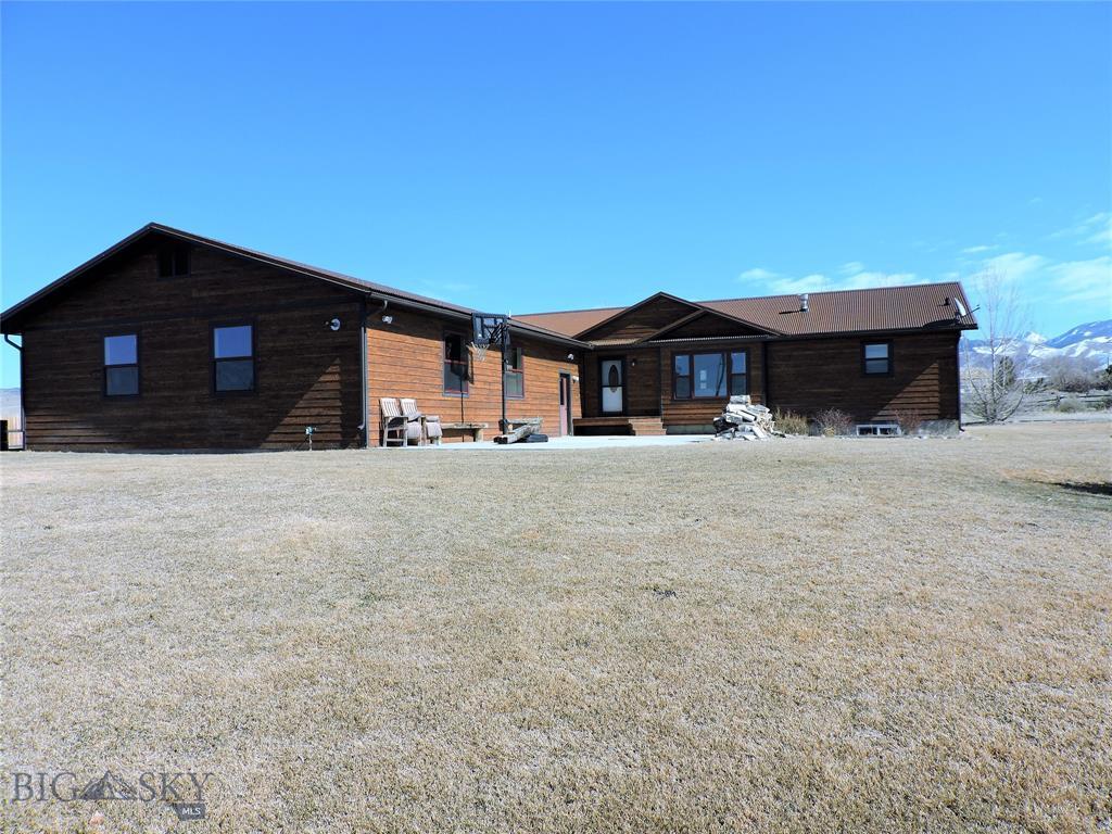 32 7M4R Property Photo - Sheridan, MT real estate listing