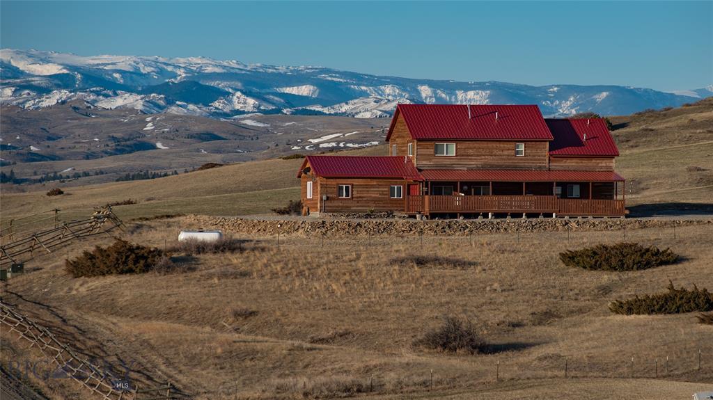 88 Lower Deer Creek Property Photo - Big Timber, MT real estate listing