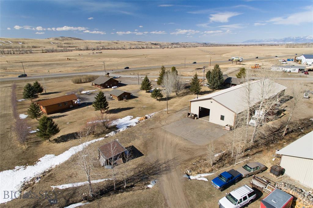70 E Williams E Property Photo - Gallatin Gateway, MT real estate listing