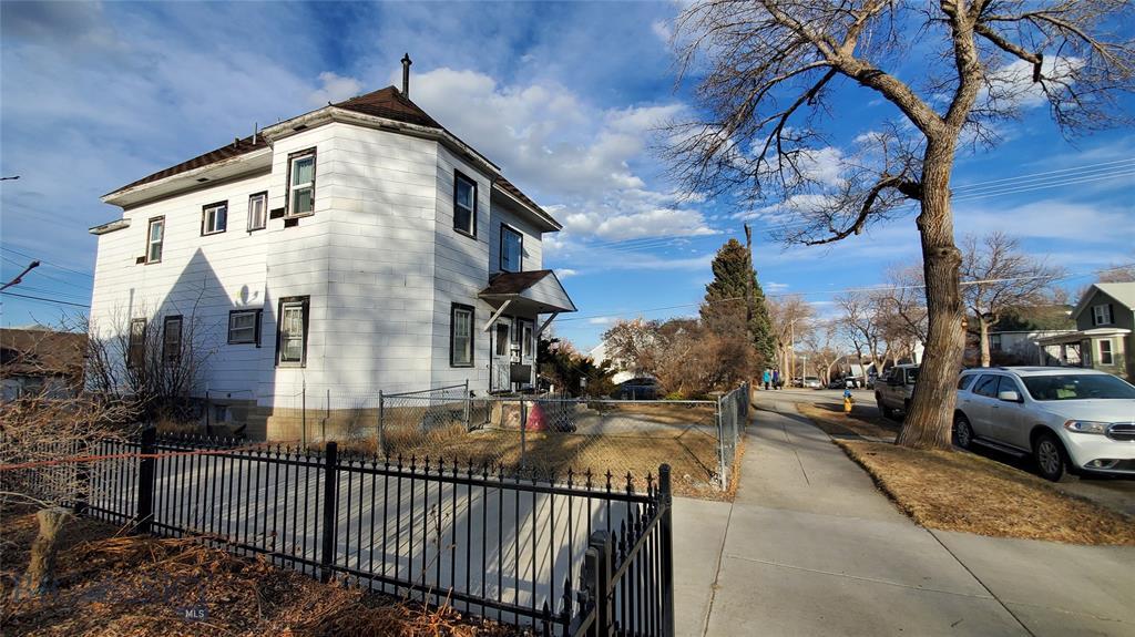 736 5th Avenue Property Photo - Helena, MT real estate listing