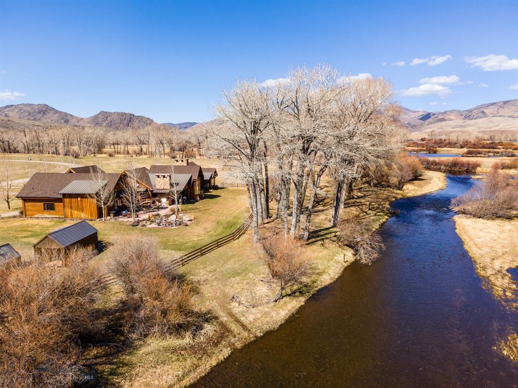 497 Threadgrass/cotton Willow Property Photo 1