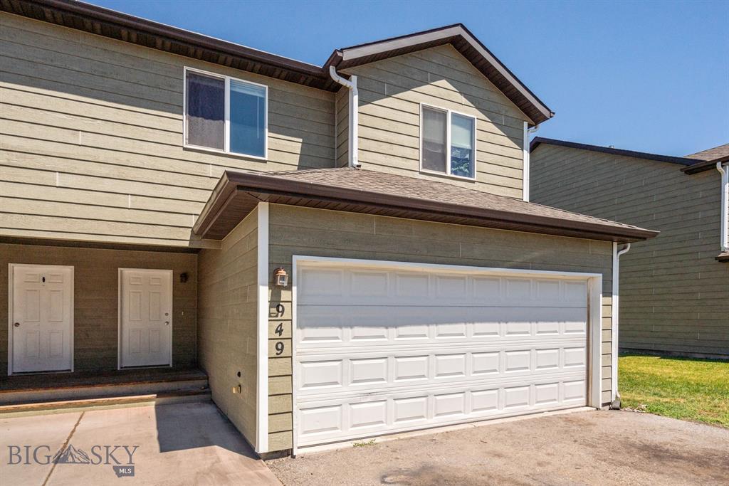 949 N River Rock Drive Property Photo 1