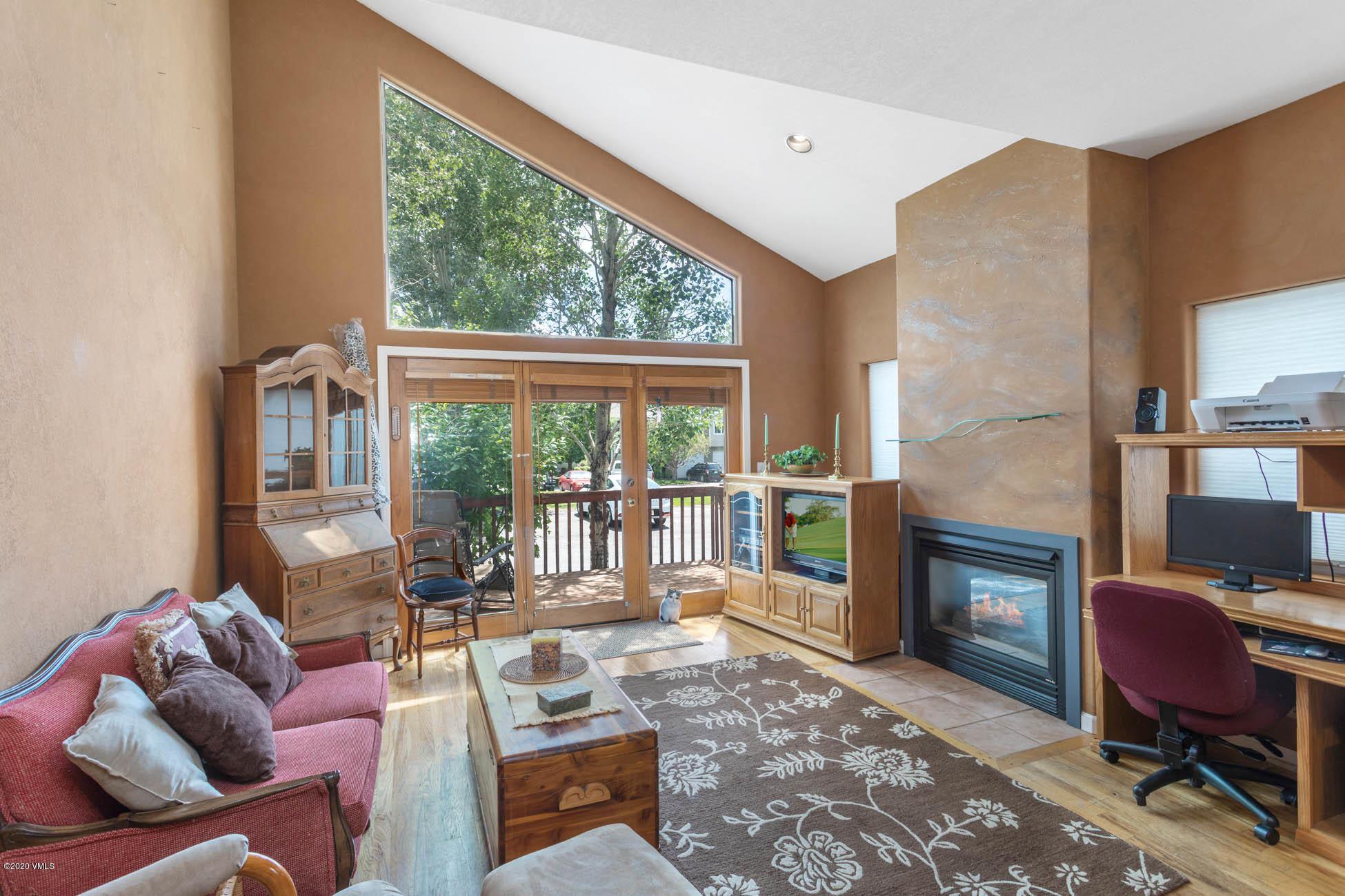 510 Brush Creek Terrace Property Photo 3