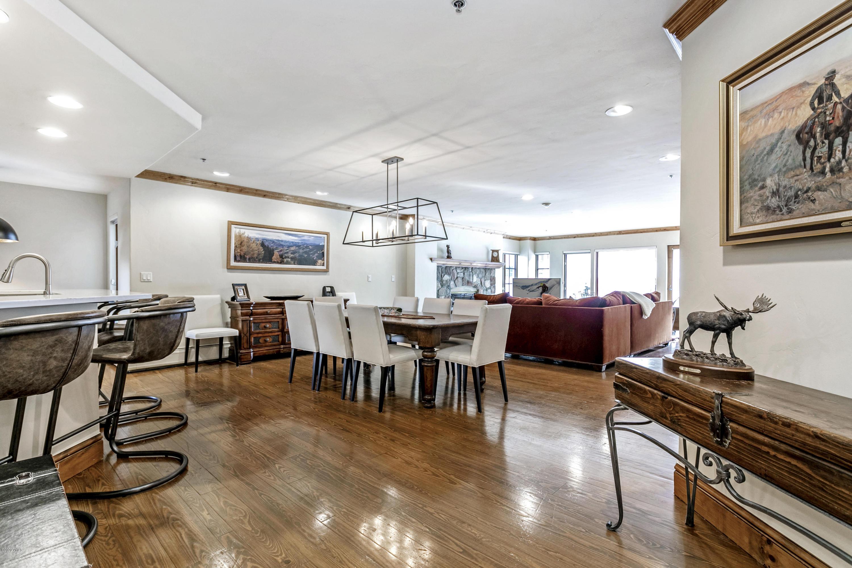 61 Avondale Lane Property Photo