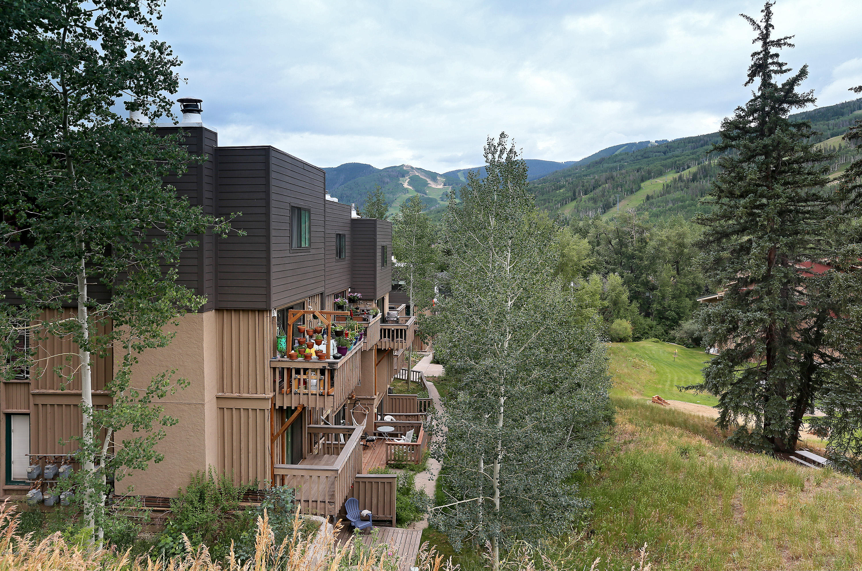 980 Vail View Drive, 111B, Vail, CO 81657 Property Photo