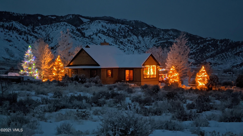 8901 Colorado River Road Property Photo