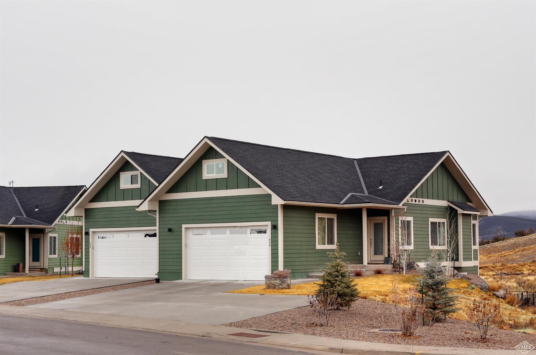 1055 Hawks Nest Property Photo