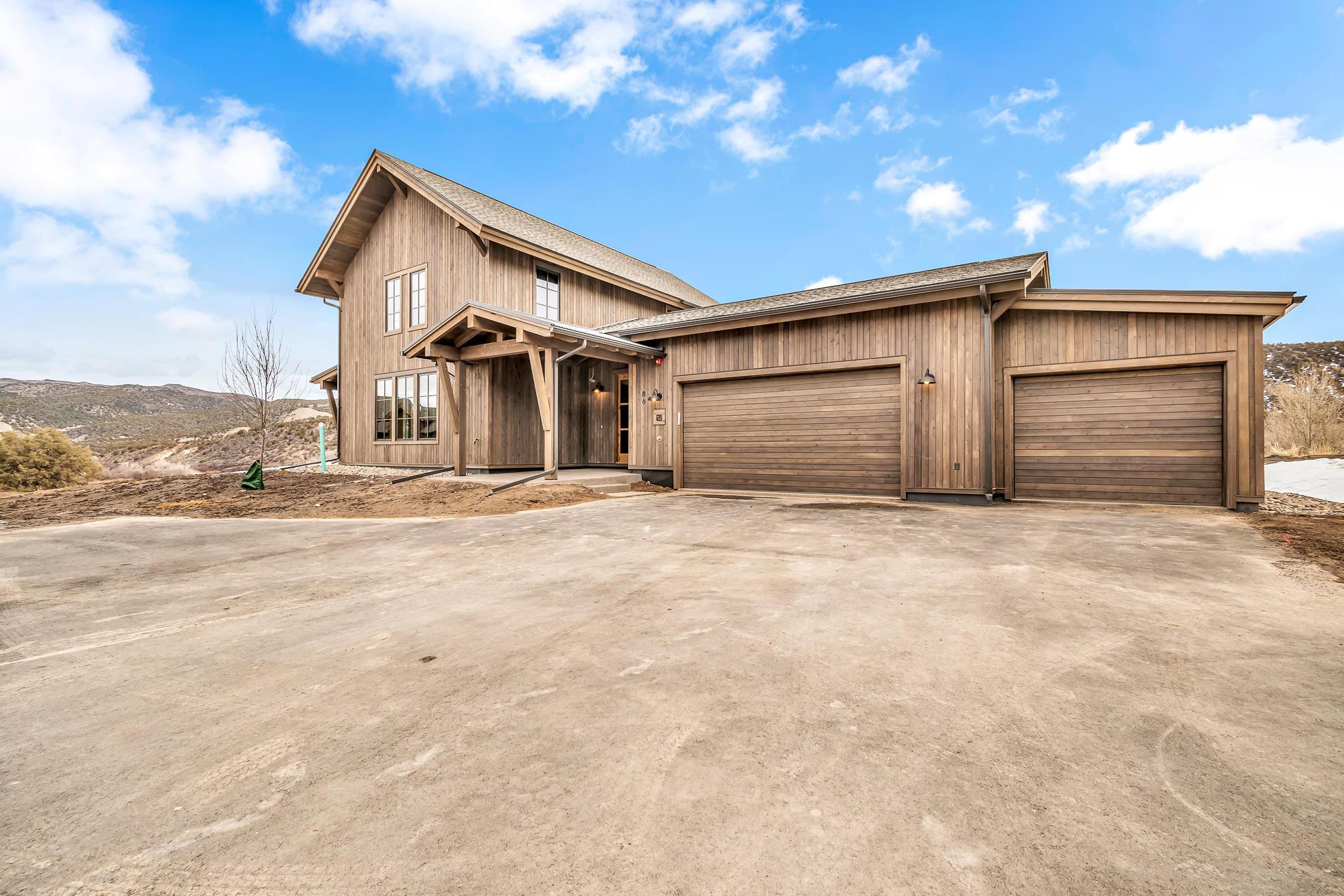 411 Hunters View Lane Property Photo 1