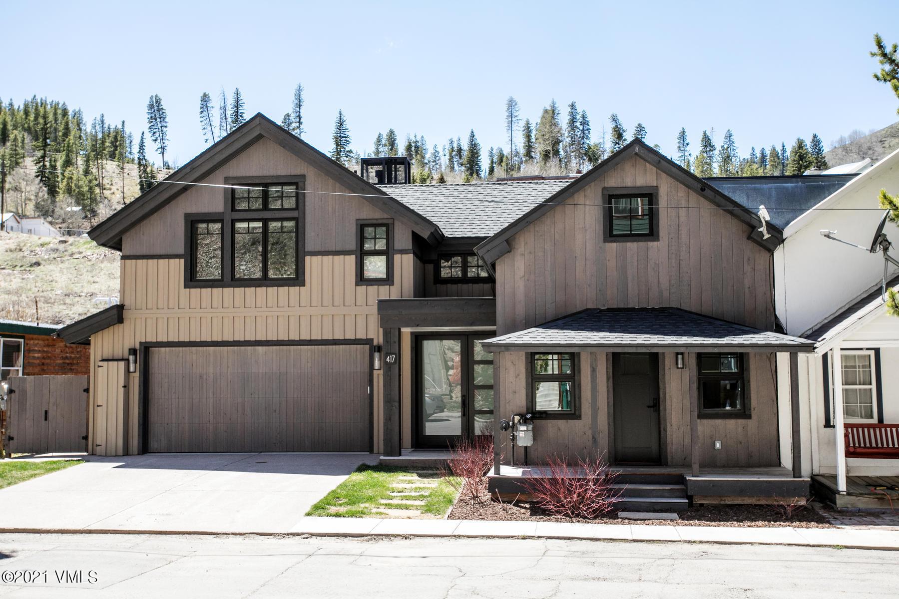 417 Eagle Street Property Photo 1