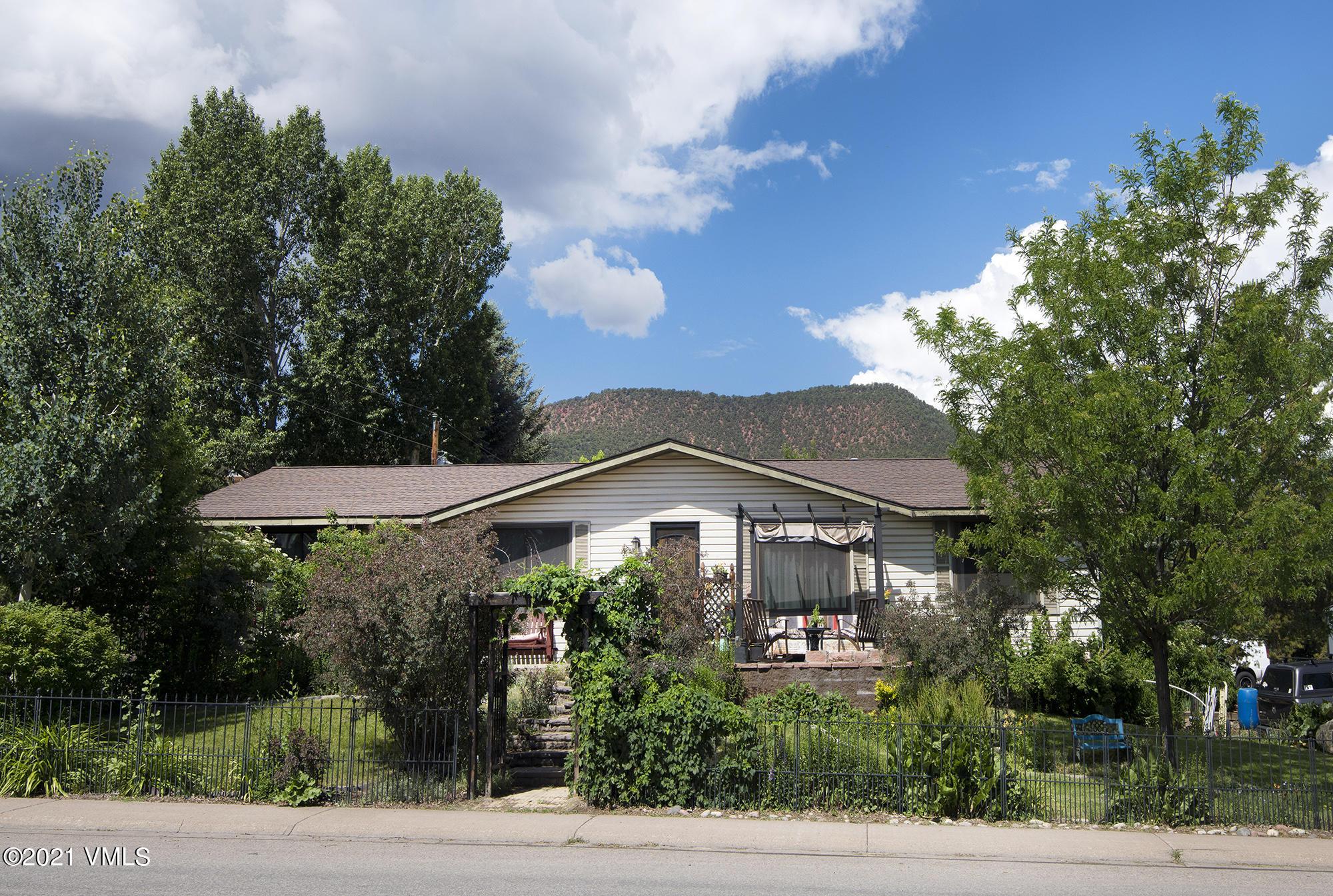 512 Second Street Property Photo 1