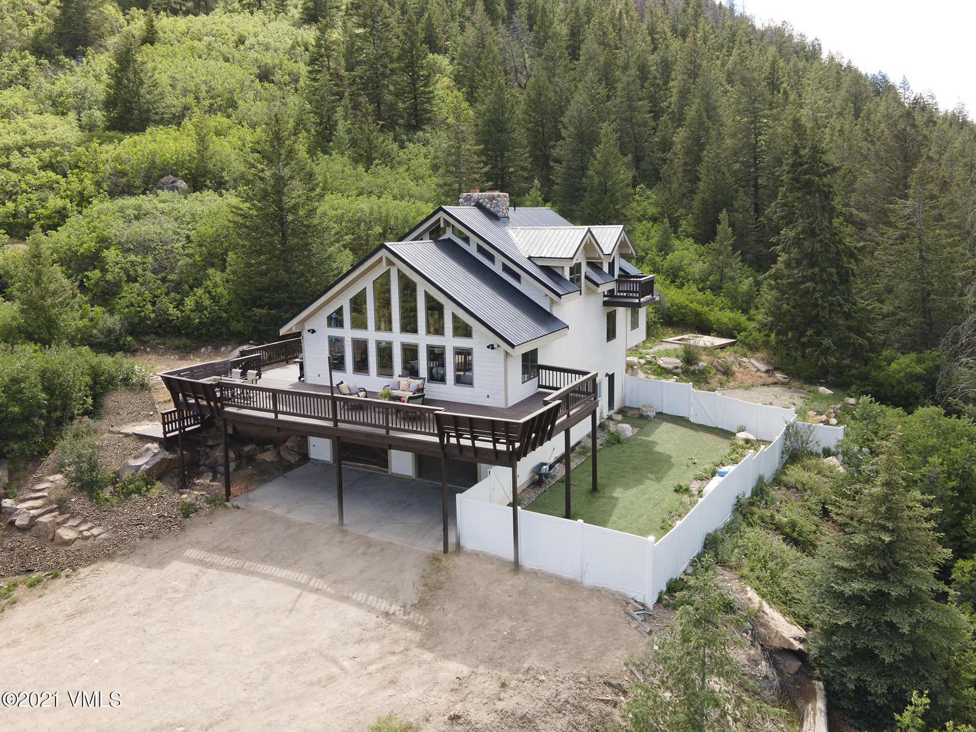 2980 Salt Creek Road Property Photo 1