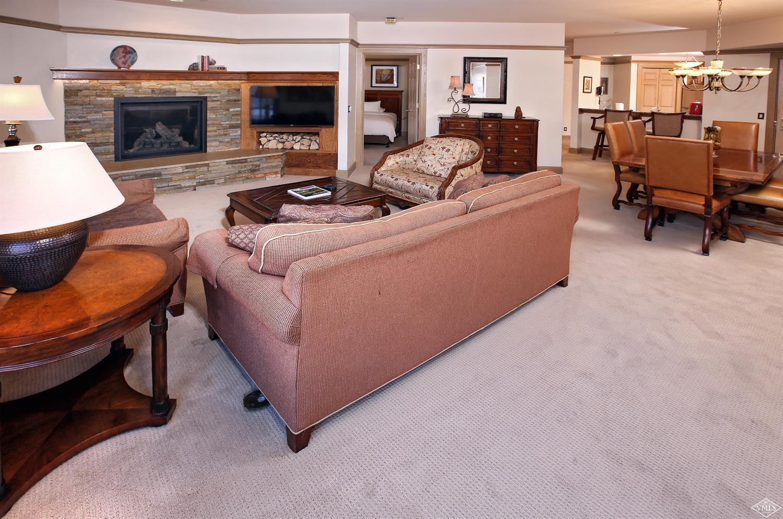 46 Avondale Lane, 402, Beaver Creek, CO 81620 Property Photo