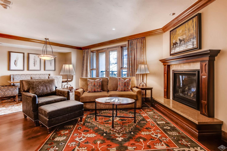 100 E Thomas Place, 2055, Beaver Creek, Co 81620 Property Photo