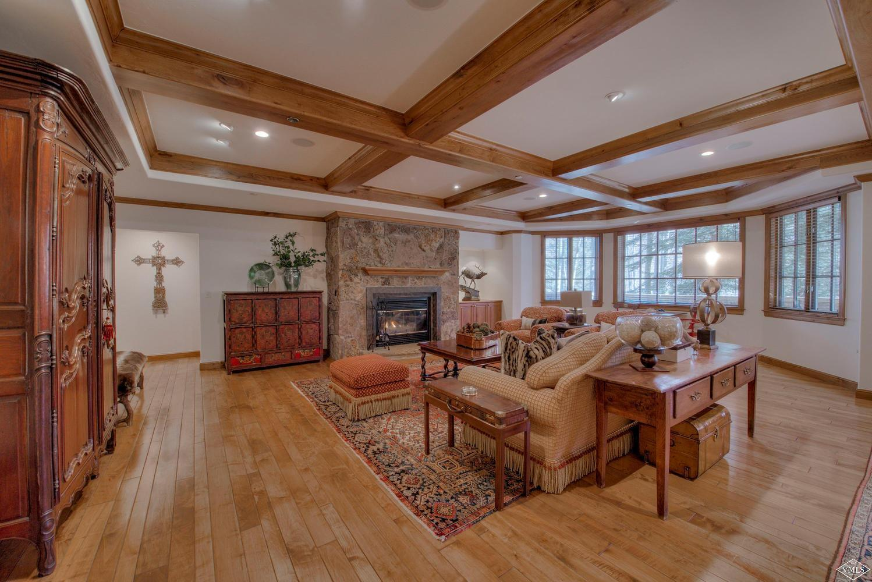 122 Scott Hill Road, 1303, Beaver Creek, Co 81620 Property Photo
