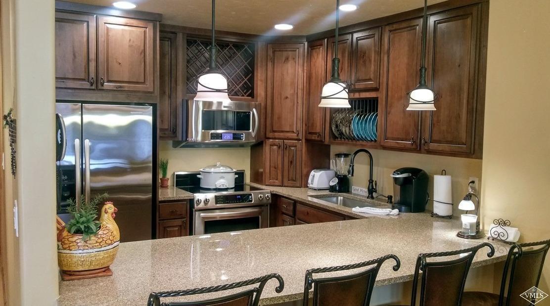 Avon Lake Villas Real Estate Listings Main Image